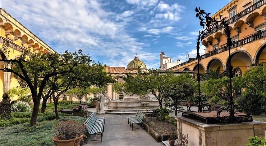 Monastero di San Gregorio Armeno, tra arte e religione