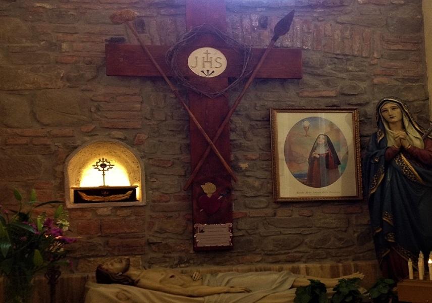 Ad Omignano Scalo l'intronizzazione della reliquia della Beata Maria Passione